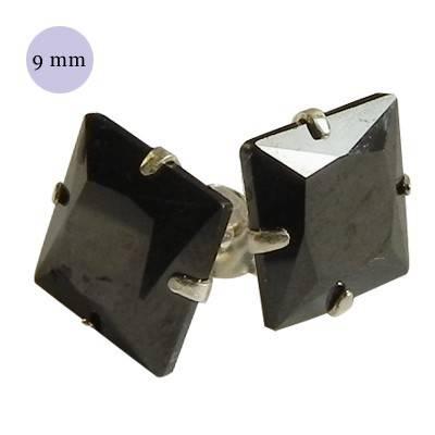 Pendiente de plata con piedra hombre, circonita cuadrada 9mm, color negro. Precio por un pendiente