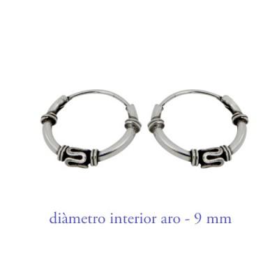Aro labrado de plata chico, diámetro interior 9mm. Precio por un aro