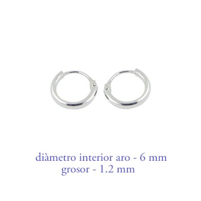 Un aro de plata, 6mm diametro interior. AR100
