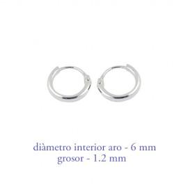 Aro labrado de plata chico, diámetro interior 13mm. Precio por un aro